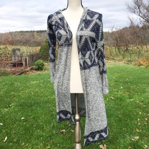 Almost Famous Medium Gray and Blue Duster